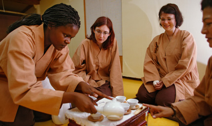 Traditional tea ceremony education